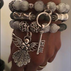 Jewelry - Custom beaded bracelets
